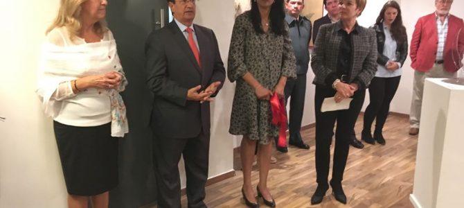 Apoyo del Consulado, Colombia nos une y Fundación Renacer