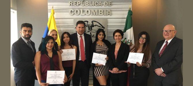 """Reunión con estudiantes de la """"Experiencia Colombia"""" 26 de junio"""